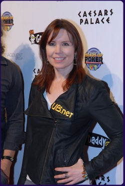 Annie Duke at the 2010 NBC National Heads-Up Poker Championship | photo by flipchip • lasvegasvegas.com